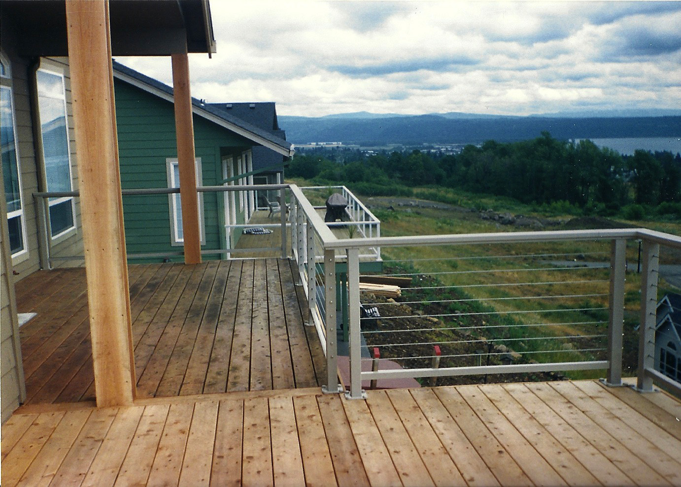 Cedar deck aluminum railing with stainless steel cables all cedar deck aluminum railing with stainless steel cables this baanklon Images